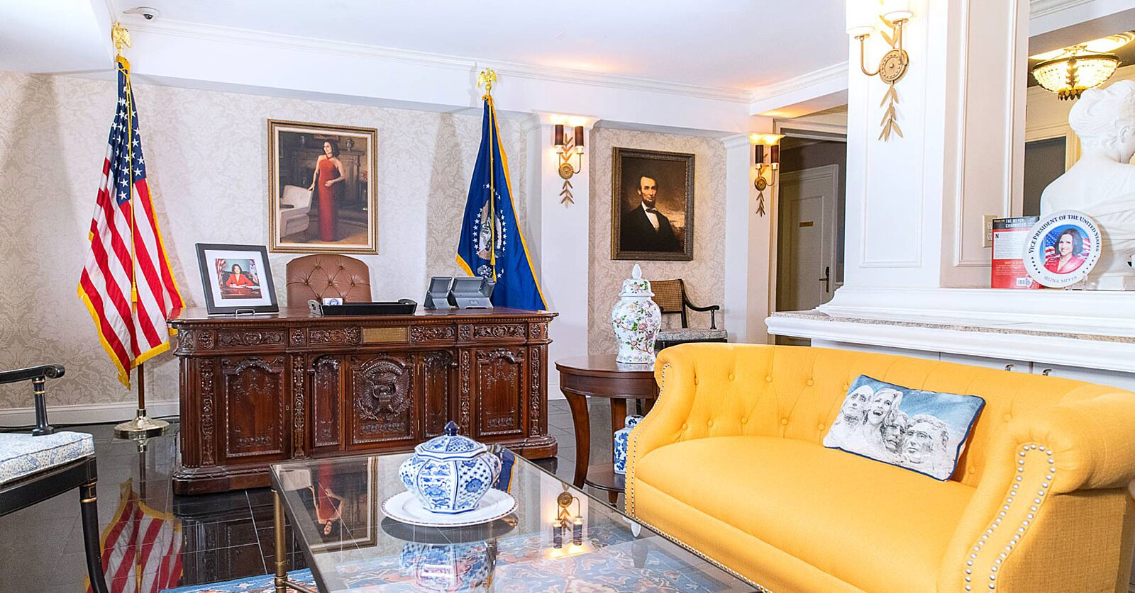 This Hotel Has a 'Veep'-themed Suite and Replica of Selina Meyer's Oval Office