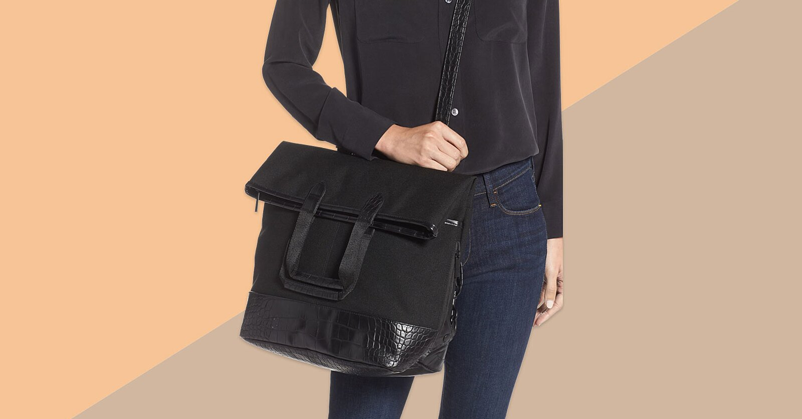 Versatile Travel Bag Is Both a Tote and a Backpack