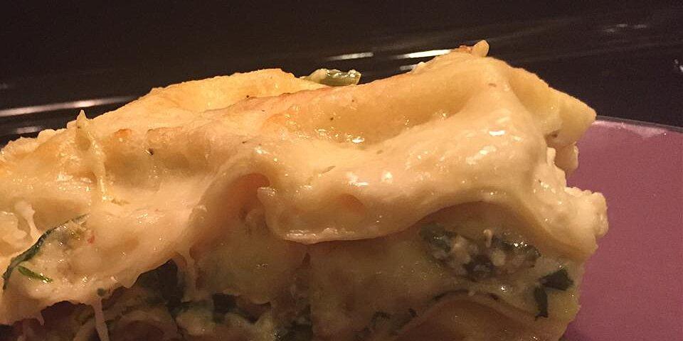 mushroom lasagna with hot sausage and spinach