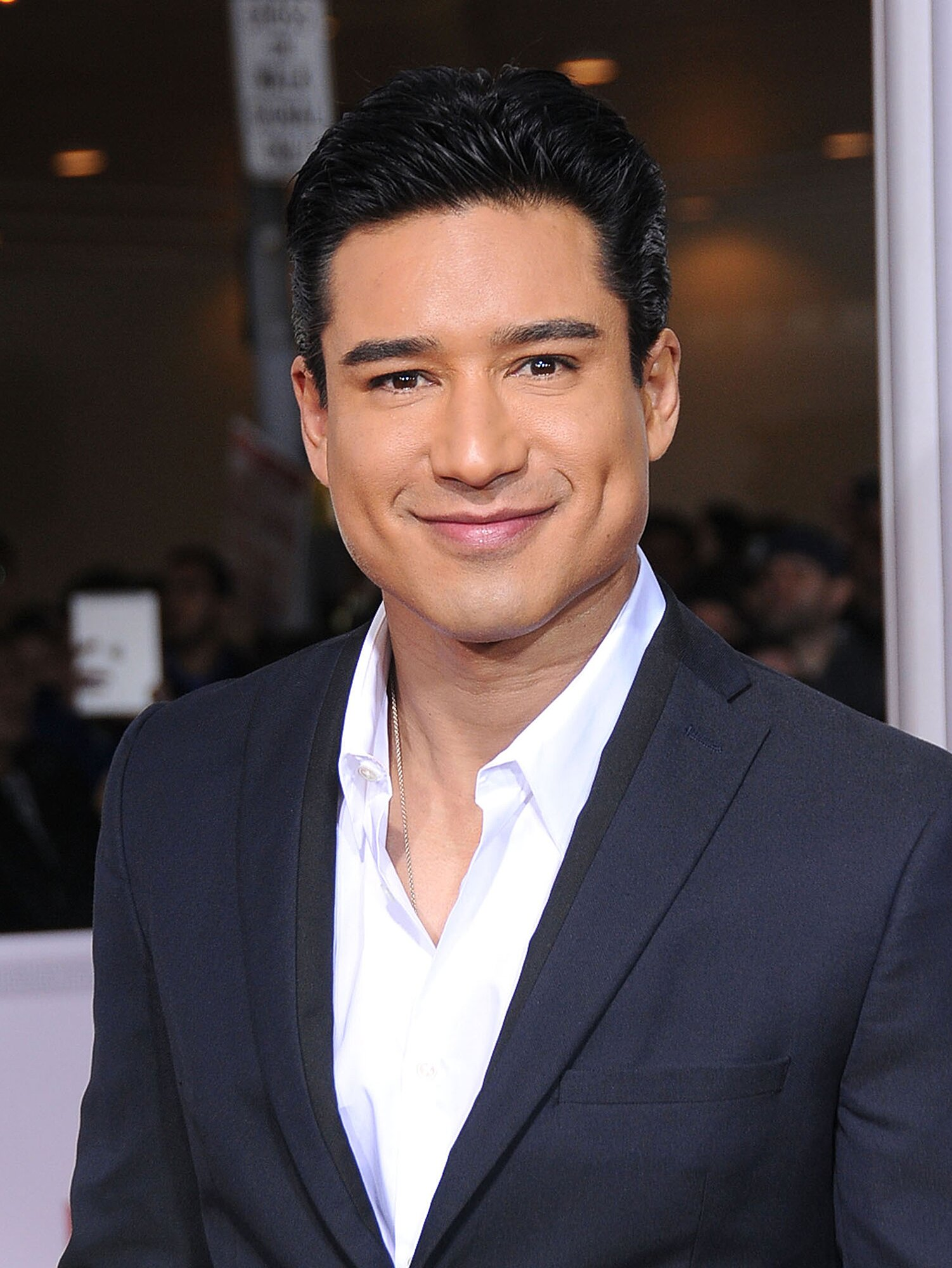 Mario Lopez Named Access Hollywood Host People Com
