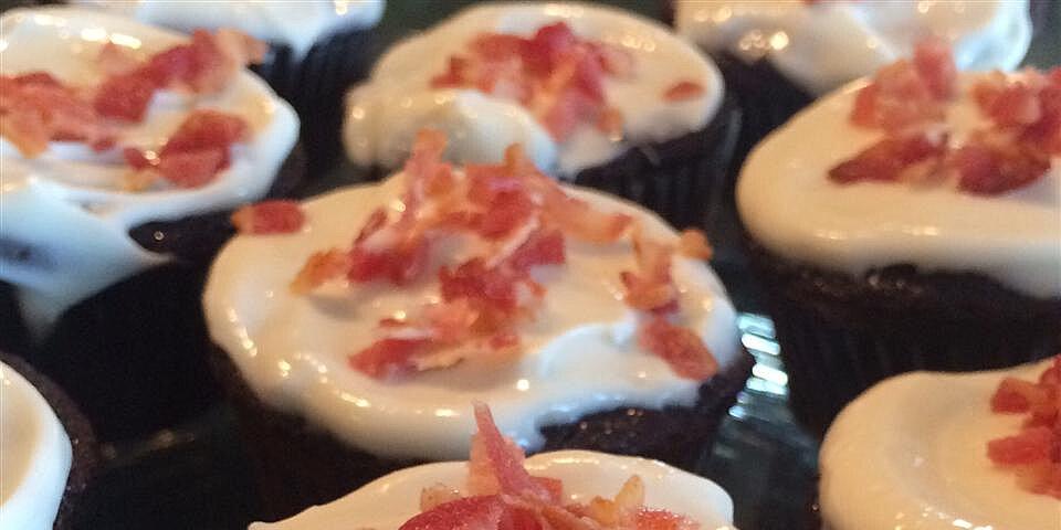 gluten free chocolate whiskey bacon cupcakes recipe