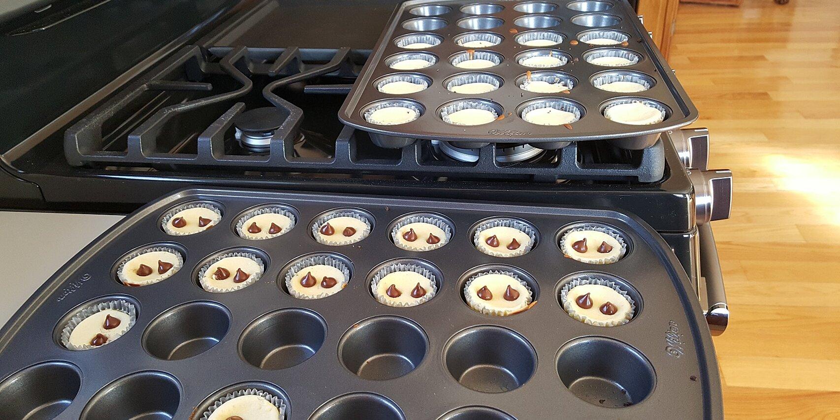 mini cheesecakes with caramel filled delightfulls trade sea salt