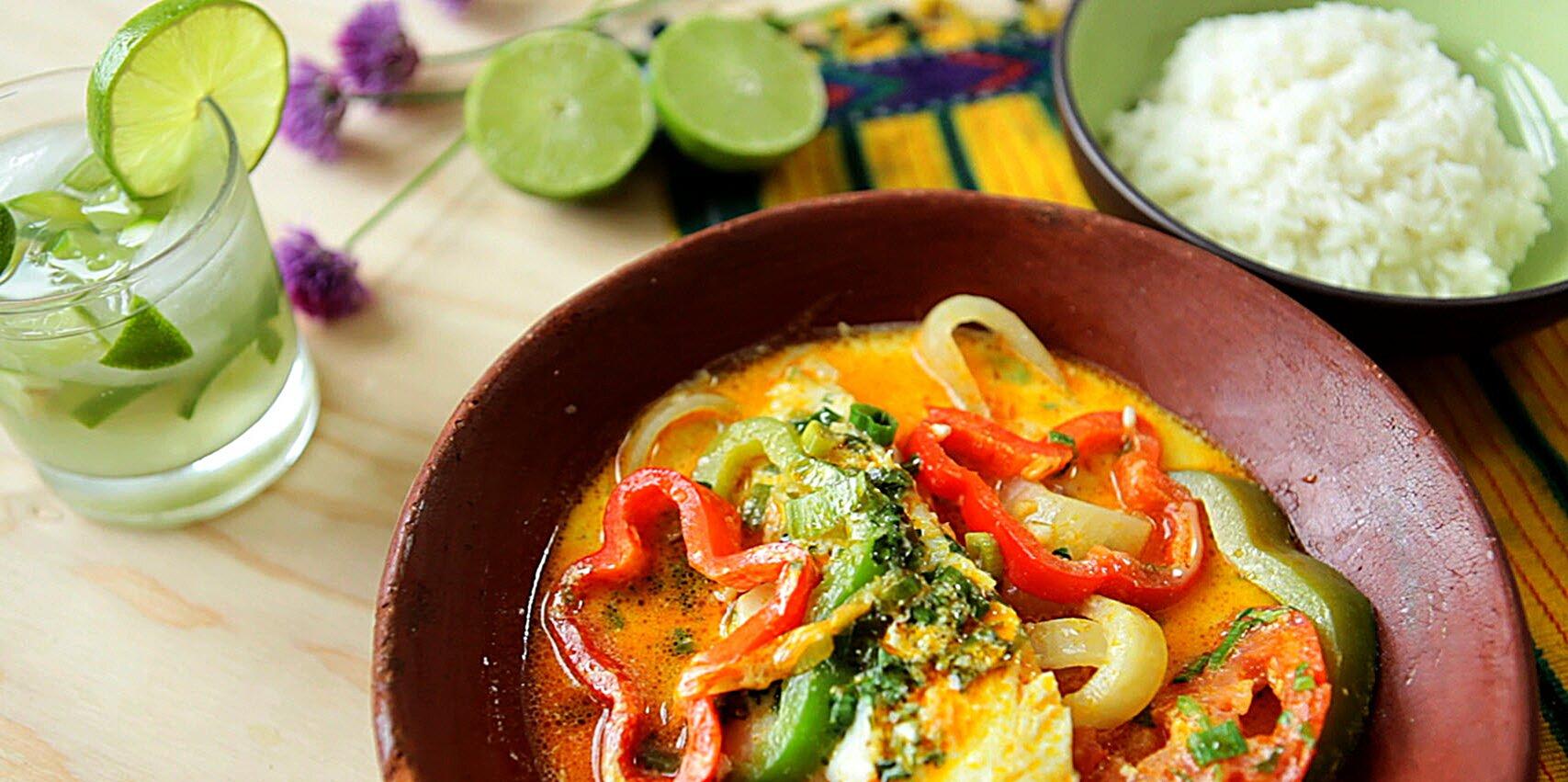 moqueca de peixe baiana brazilian fish stew recipe