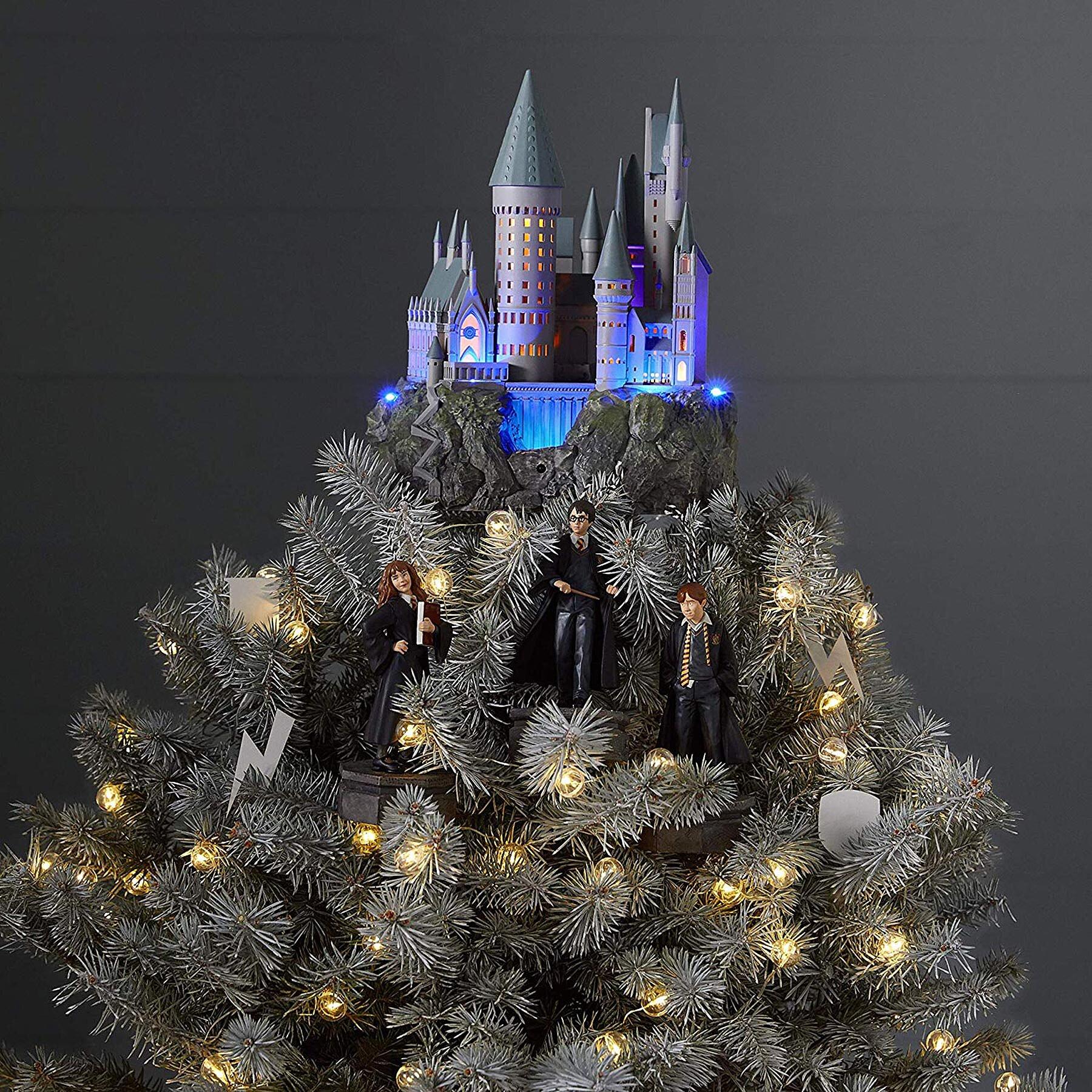 Hallmark Is Selling A Harry Potter Hogwarts Tree Topper Ew Com
