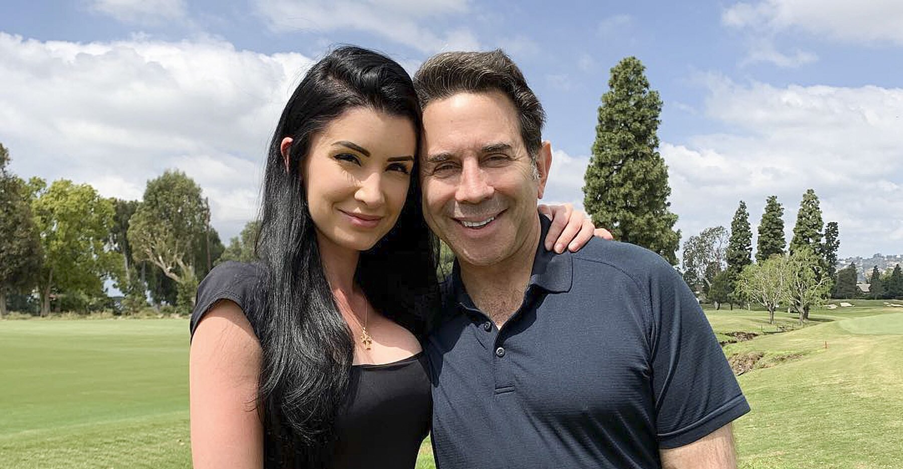 Photo of Baby on the Way for Dr. Paul Nassif and Wife: 'Better Get My Diaper-Changing Skills Polished' | PEOPLE