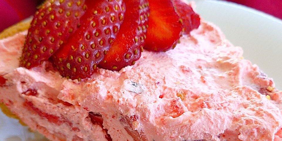 fluffy strawberry pie recipe