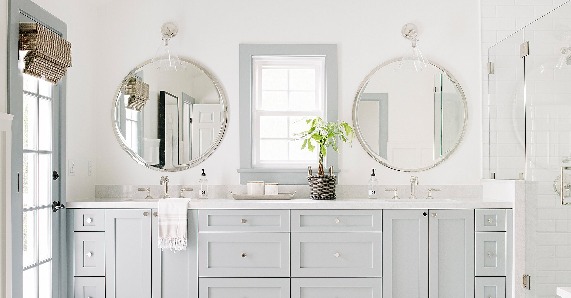 These Are the Most Popular Bathroom Paint Colors for 2020 ...