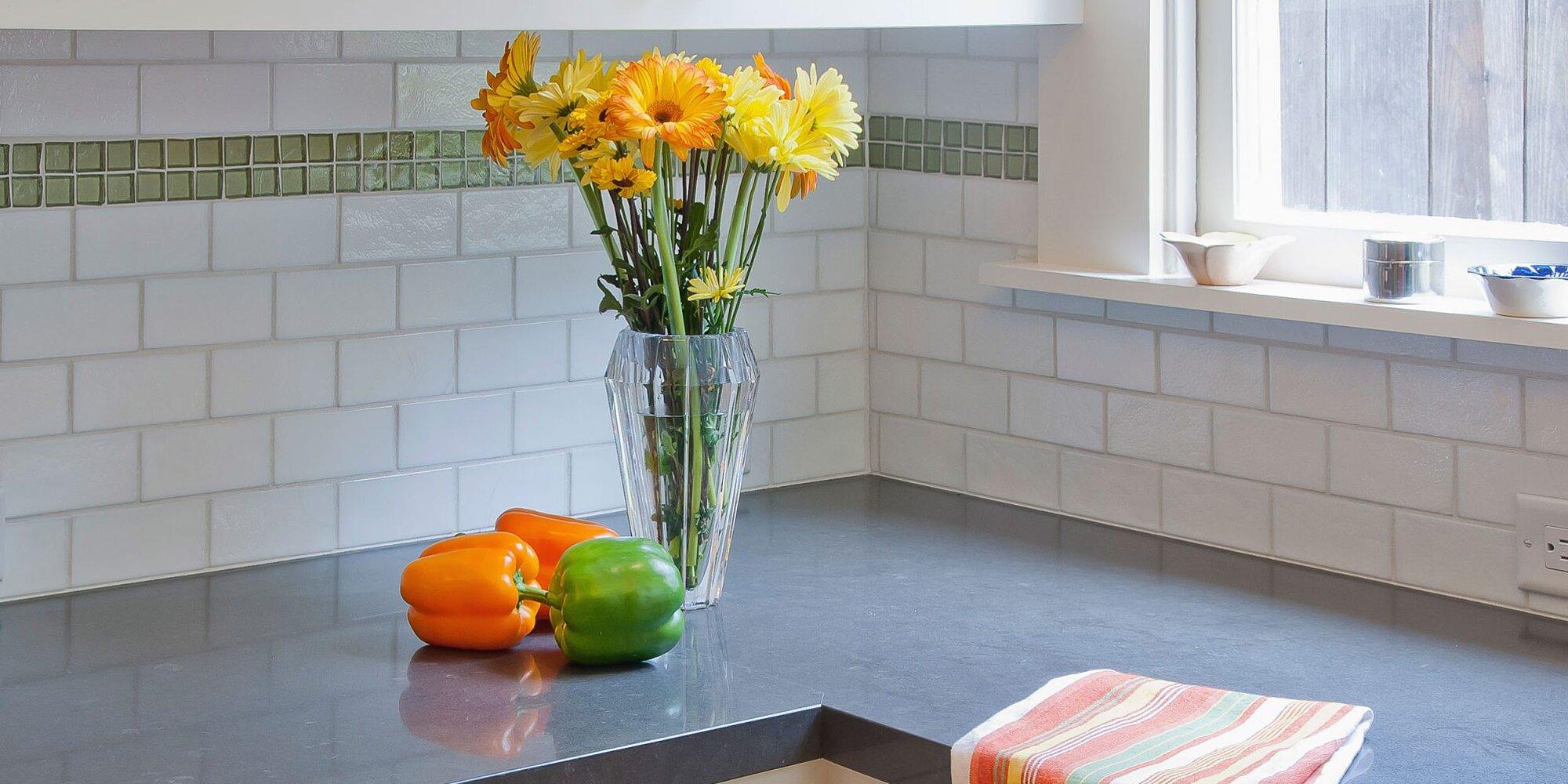 How To Get Rid Of Lingering Kitchen Smells Myrecipes