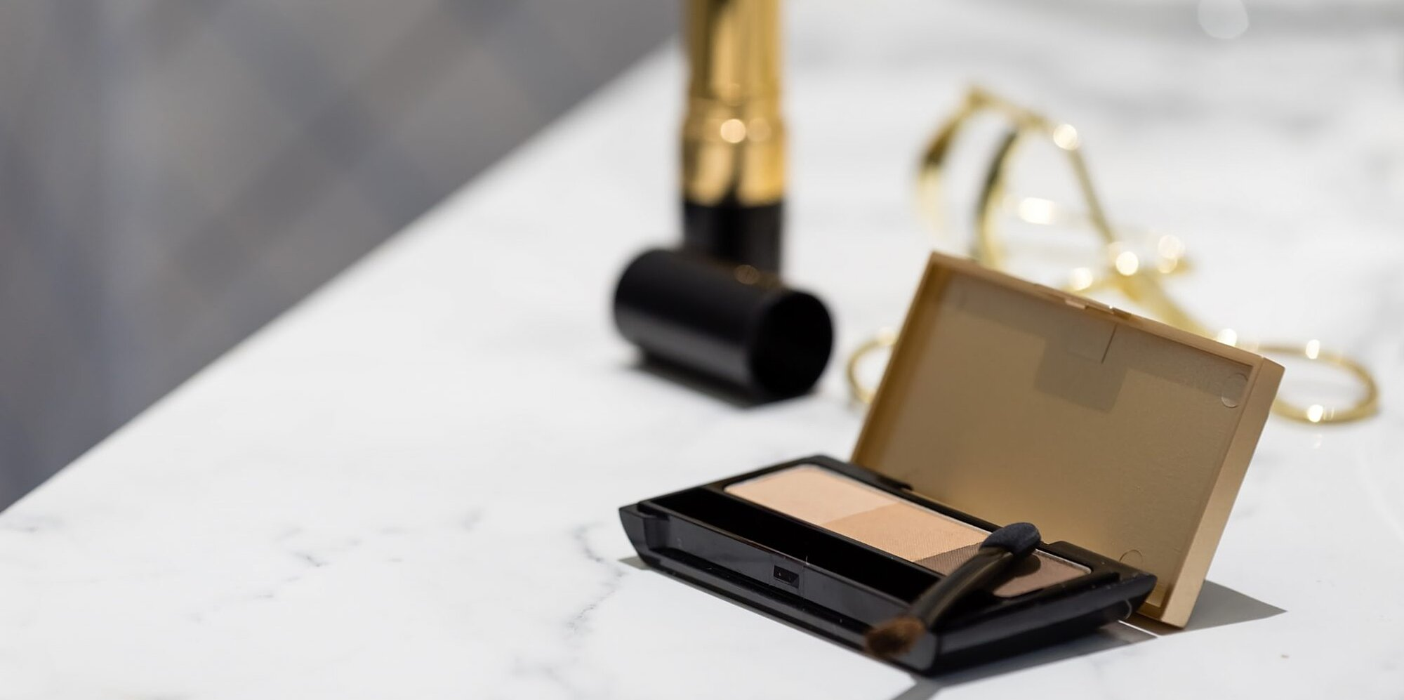 How to Build an Everyday, Essentials-Only Makeup Kit