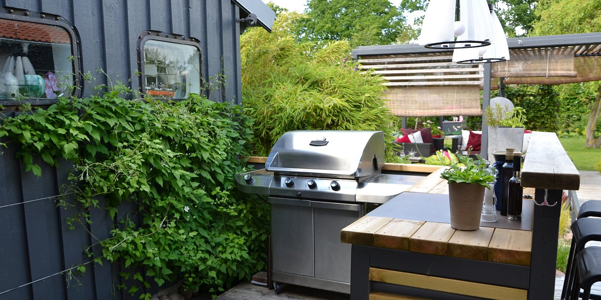 Have You Always Dreamed of Having an Outdoor Kitchen? Here's How to Create One at Home