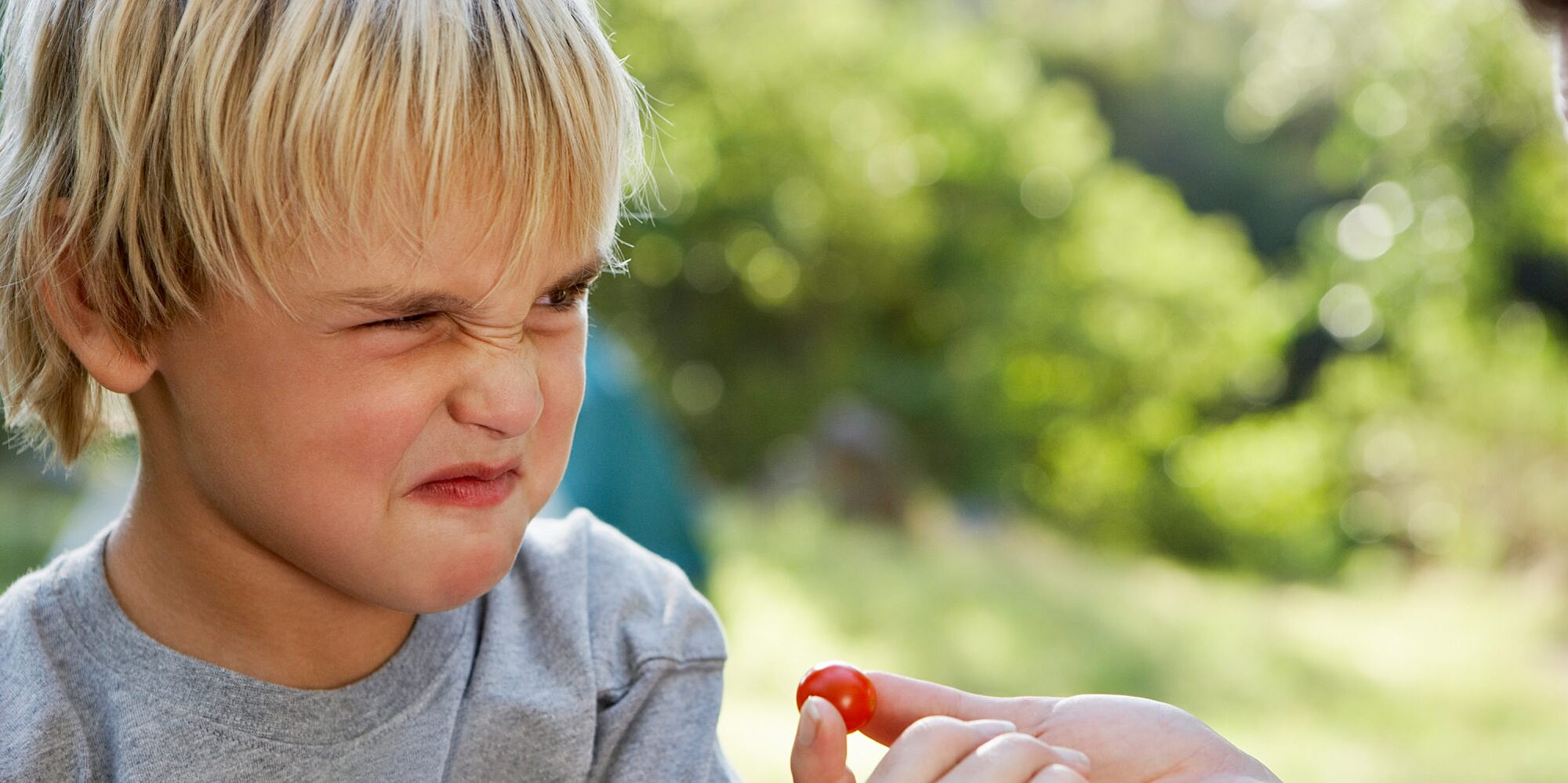 4 tips for convincing picky eaters to try new foods
