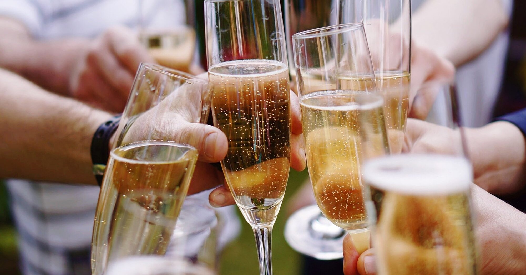 Learn How to Buy Sparkling Wine that Isn't Champagne—But Is Just As Good | MyRecipes
