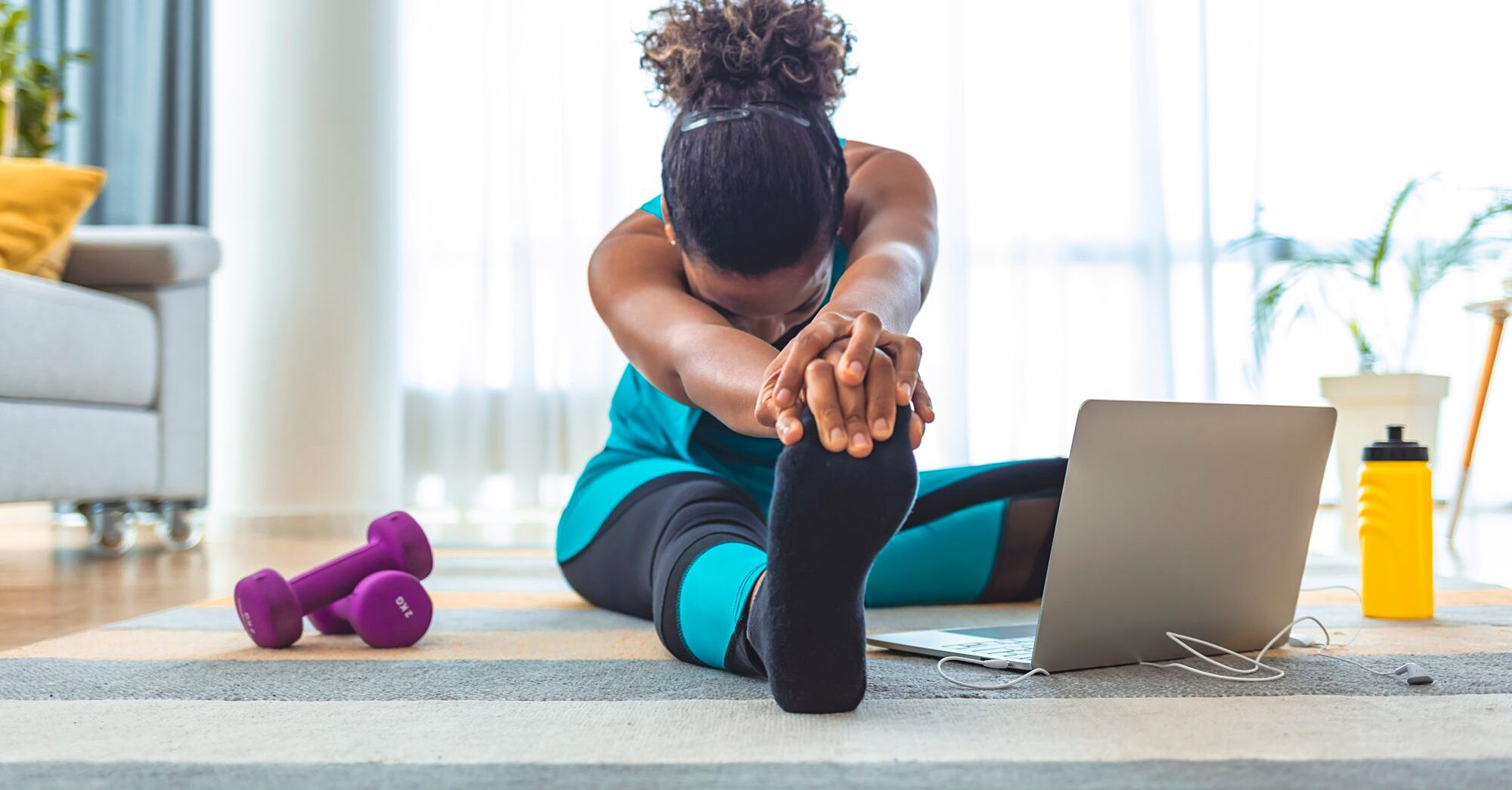 10 Must-Follow Strategies for Preventing Injuries While Working Out at Home