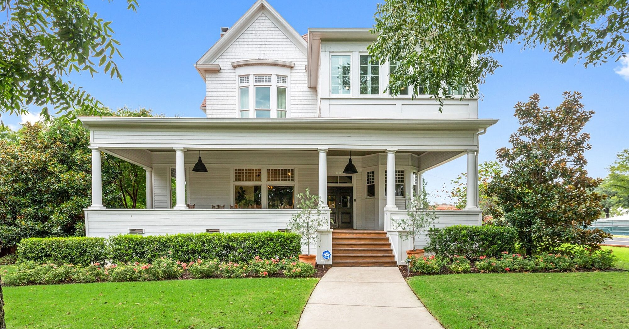 Historic Beauty Built by the Original Founder of Dr. Pepper for Sale in Waco
