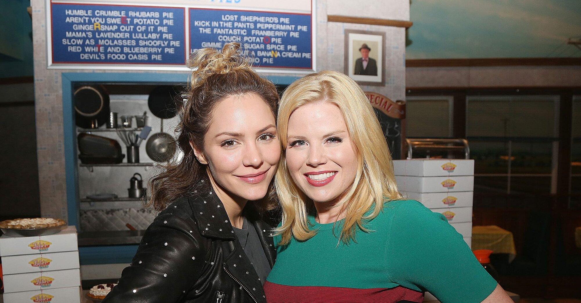 Smash Alums Katharine Mcphee Megan Hilty Reunite At Waitress Ew Com