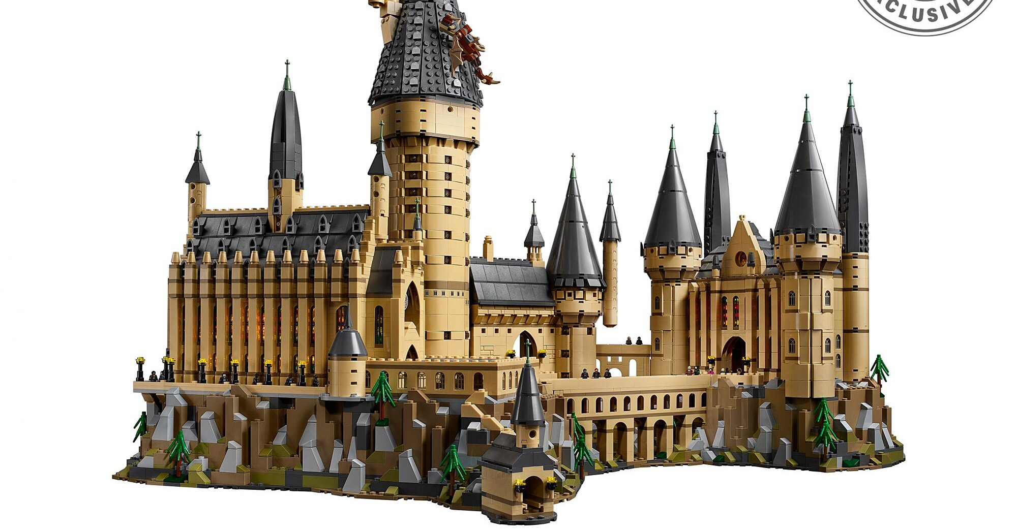 Exclusive: Build your own Hogwarts Castle with LEGO's newest, biggest 'Harry Potter' set