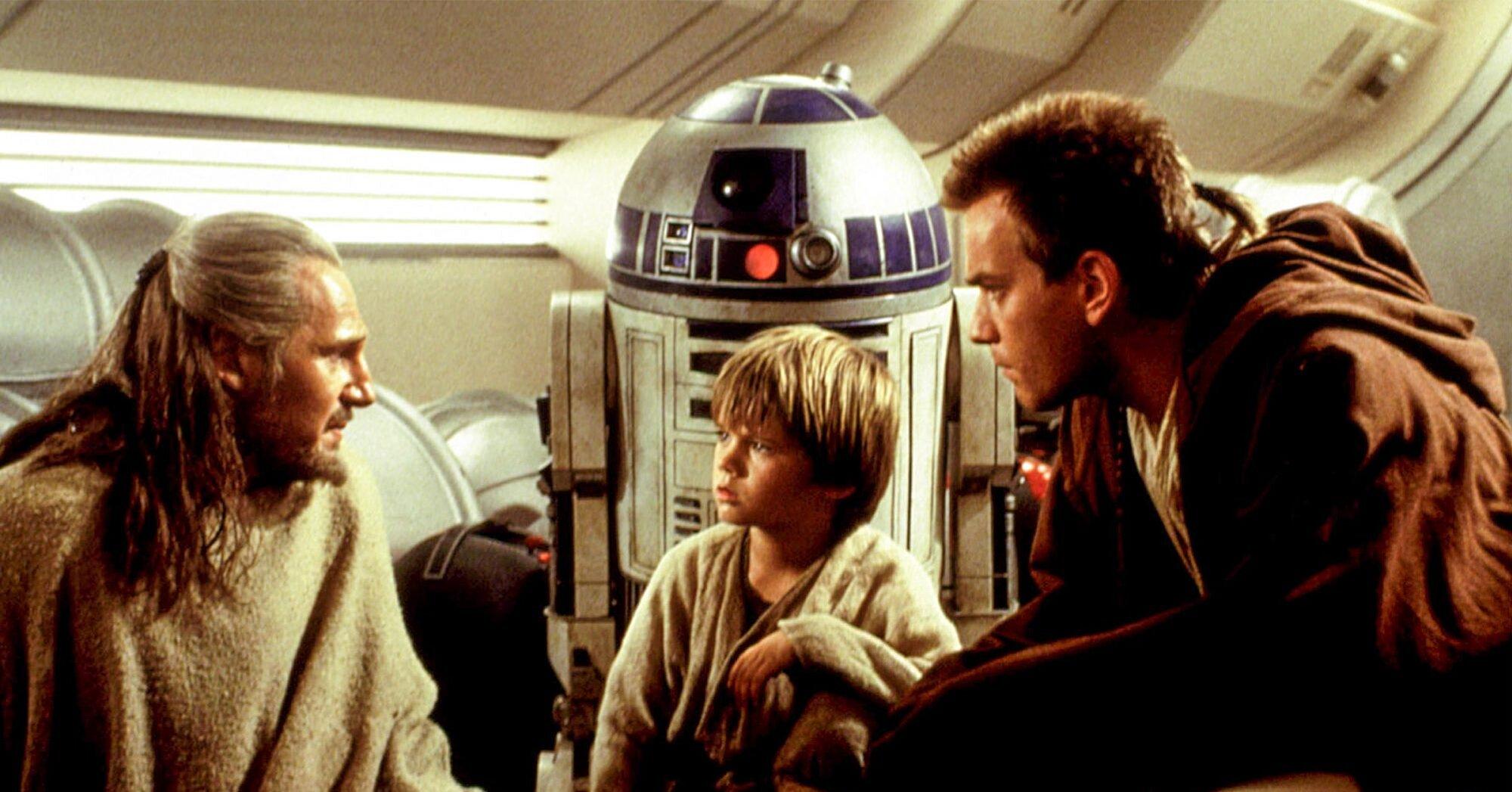J J Abrams Reveals His Favorite Star Wars Prequels Scene Ew Com