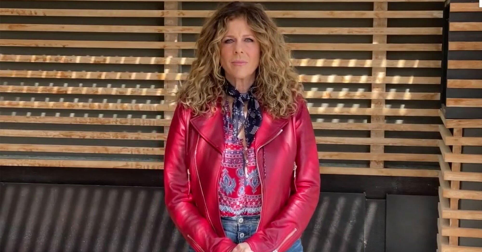Rita Wilson gives first performance since she and Tom Hanks recovered from coronavirus