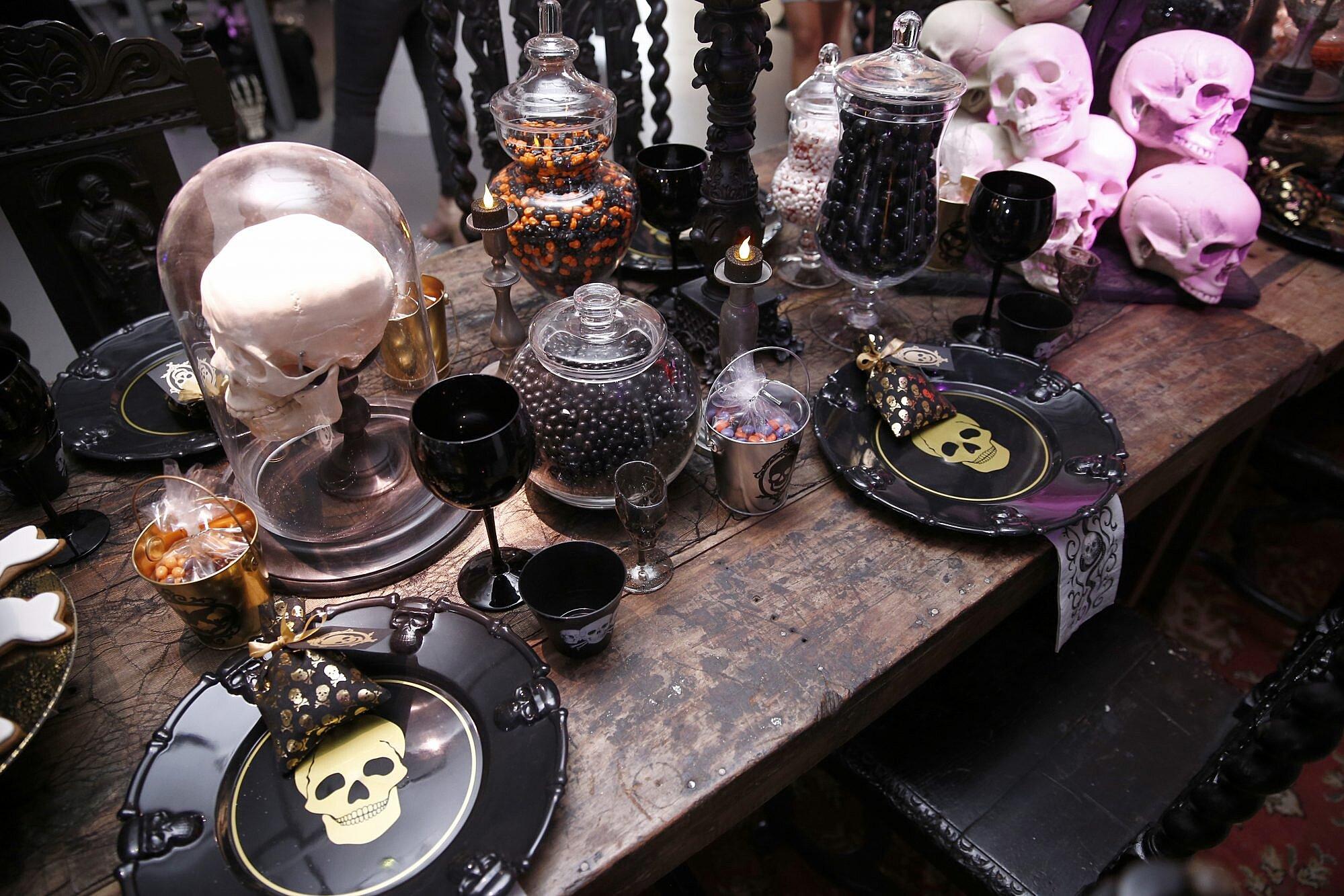 Martha Stewart Gave Us Halloween Decorating Tips A Tight