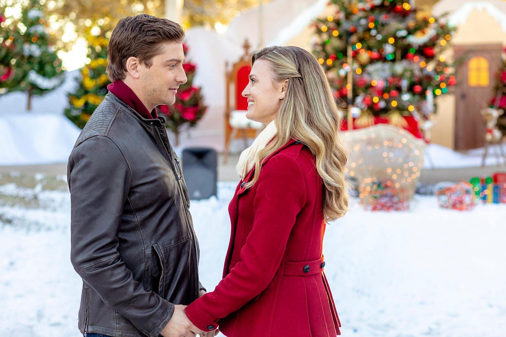 Christmas Tv Movie Airdates Hallmark Lifetime Ew Com