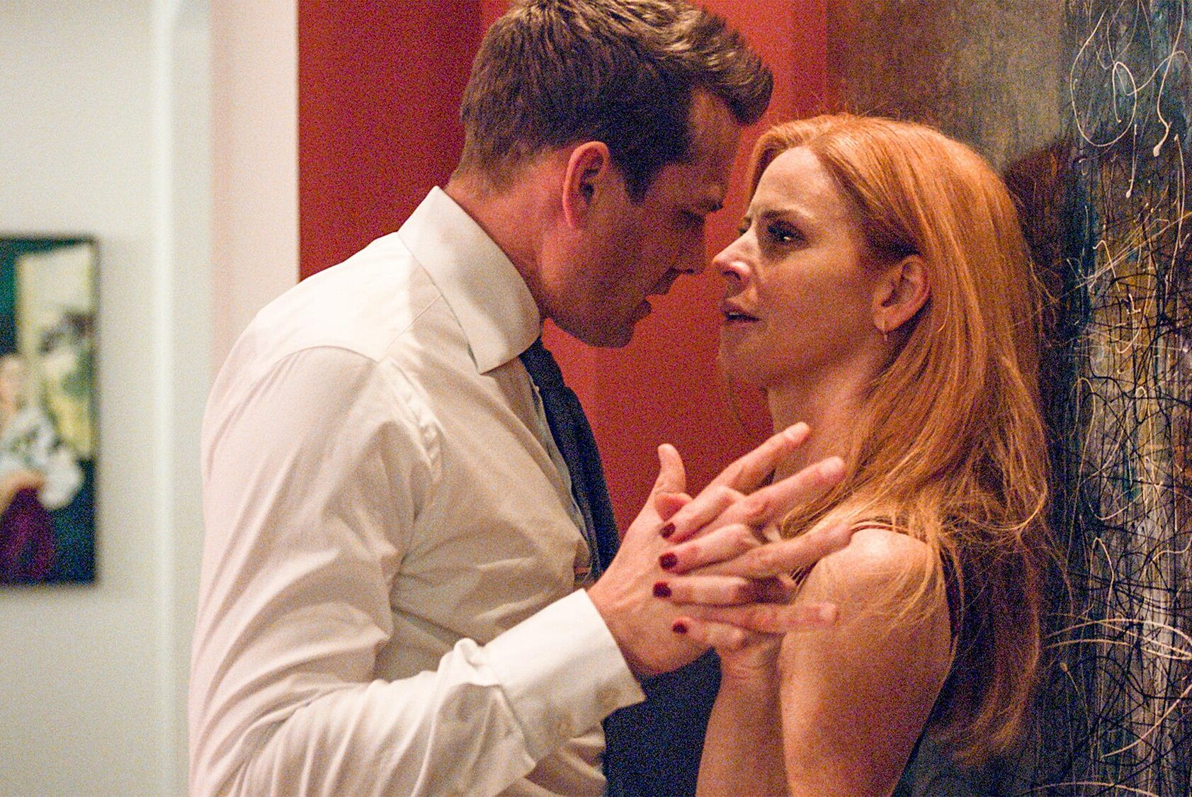 suits season 8 finale sarah rafferty on harvey and donna hookup ew com suits season 8 finale sarah rafferty