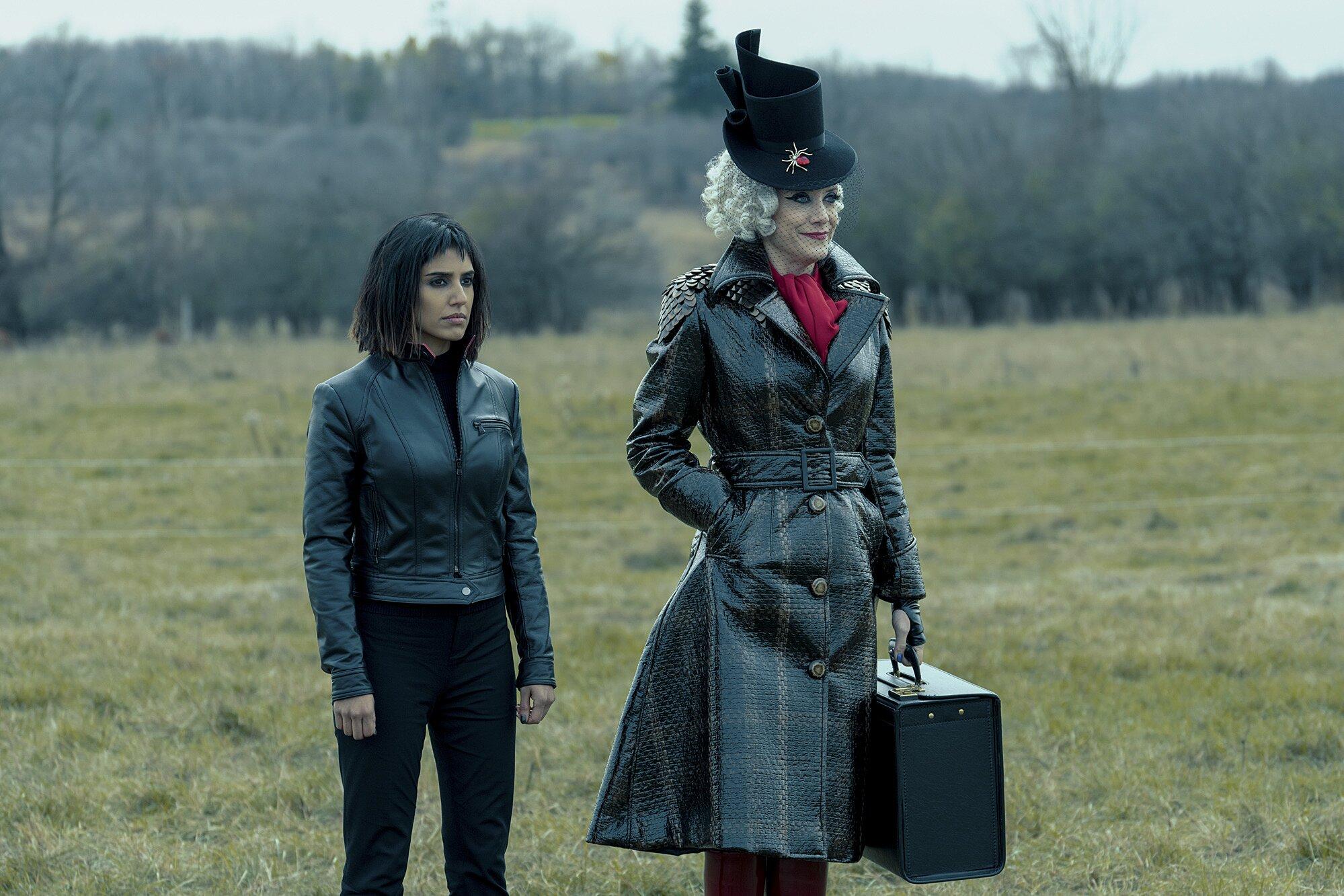 The Umbrella Academy season 2: Ritu Arya on Lila, finale revelations | EW.com