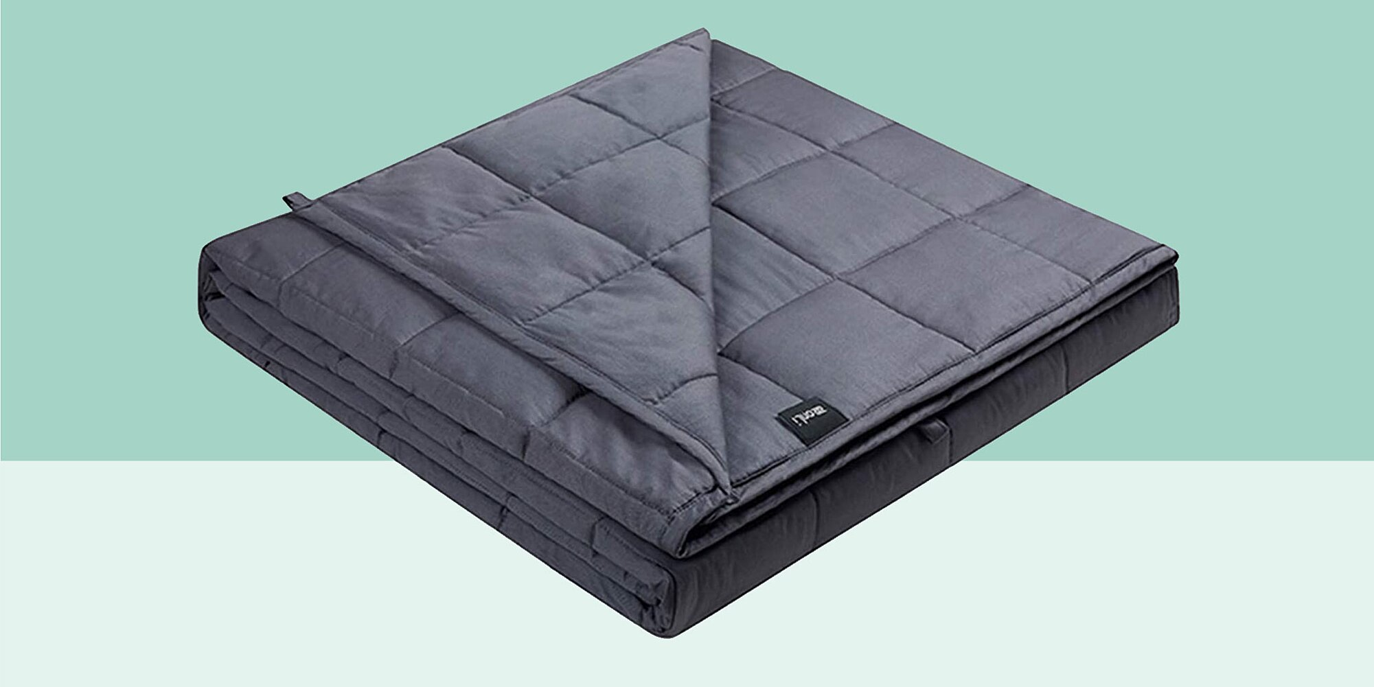 This 'Miracle' Cooling Weighted Blanket Helps You Fall Asleep Faster—Even If You're a Hot Sleeper