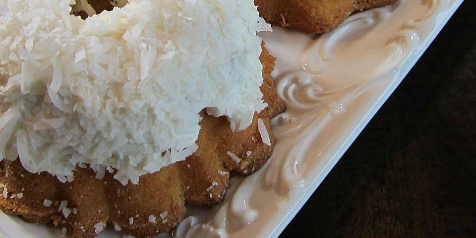 aunt connies coconut cake