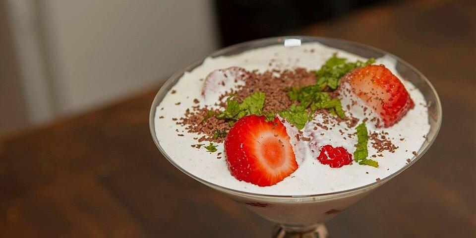 strawberries romanov recipe