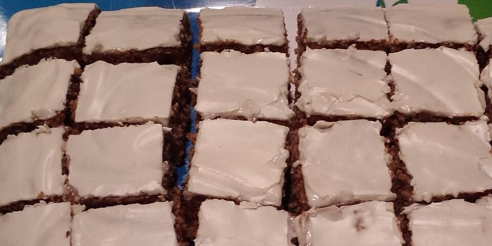 cinnamon raisin carrot cake recipe