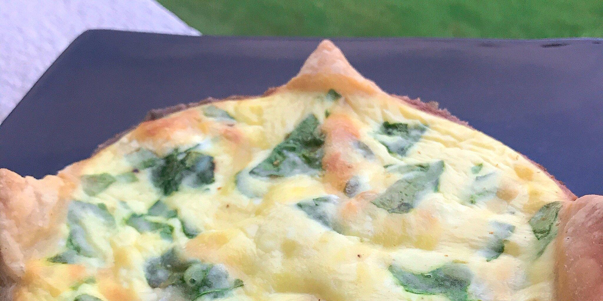individual spinach ricotta puff pastry quiches recipe