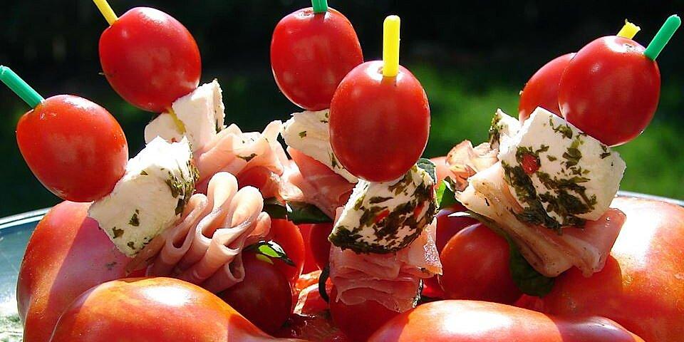 mozzarella and tomato appetizer recipe