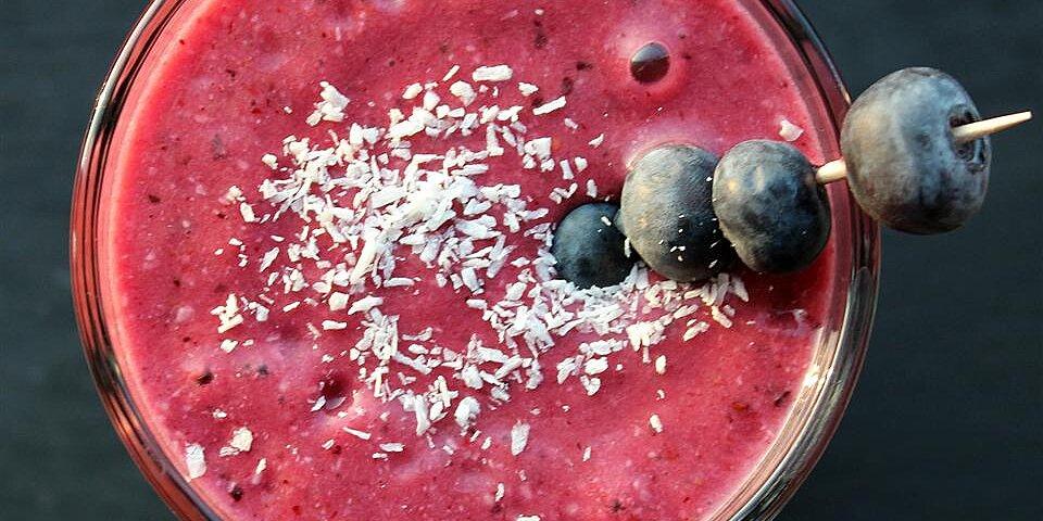berry coconut smoothie recipe