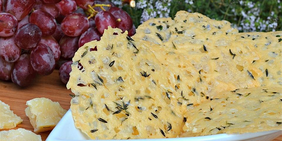 parmesan thyme crisps recipe