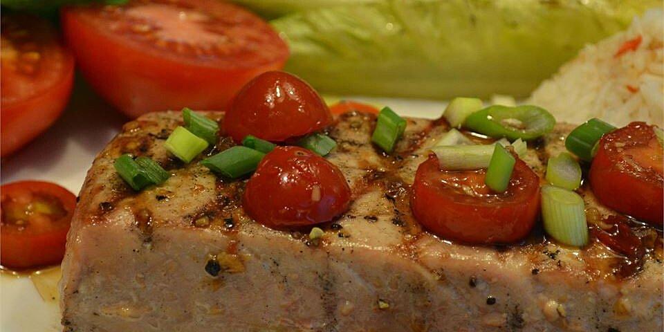 grilled tuna with fresh horseradish