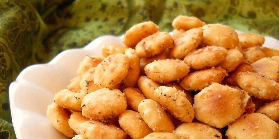 tasty seasoned oyster crackers recipe