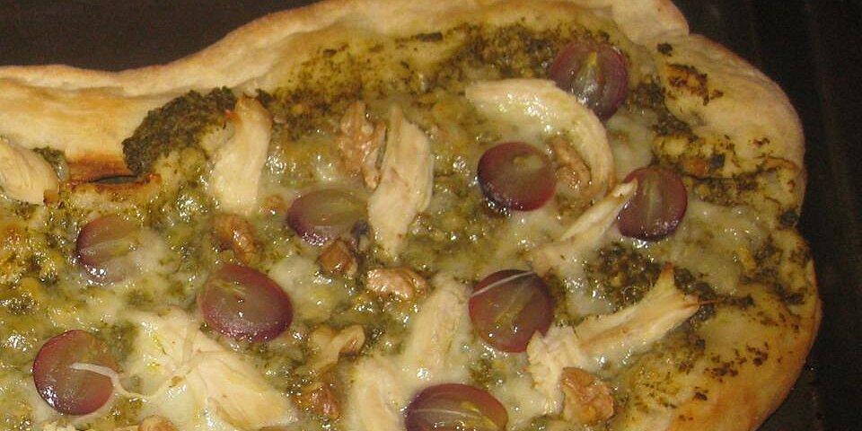 grape chicken and walnut pesto pizza recipe