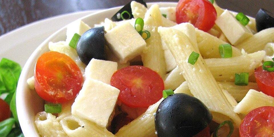 penne tomato and mozzarella salad recipe