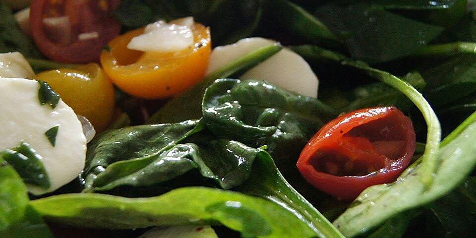 spinach caprese salad recipe