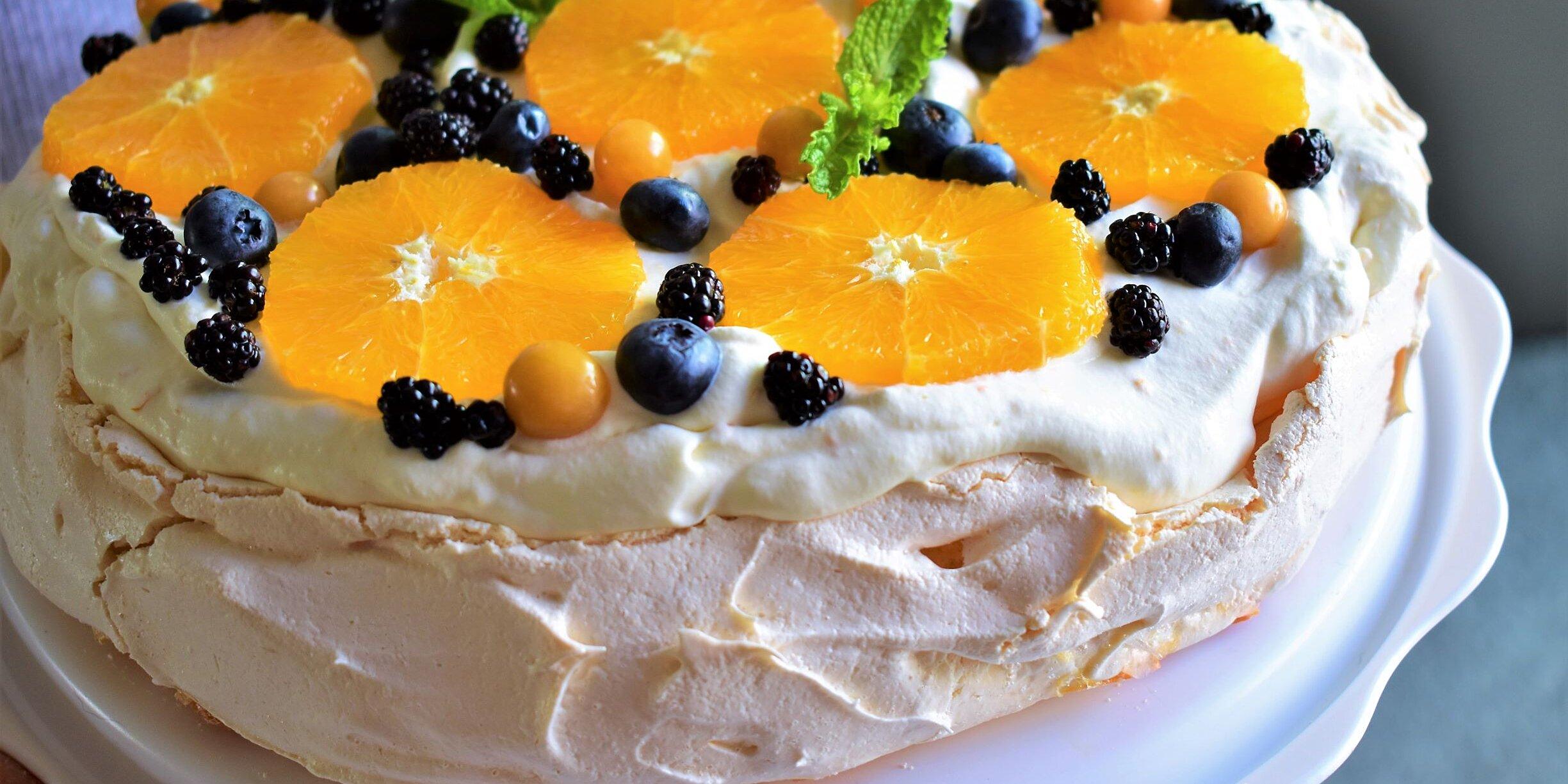 orange berry pavlova recipe