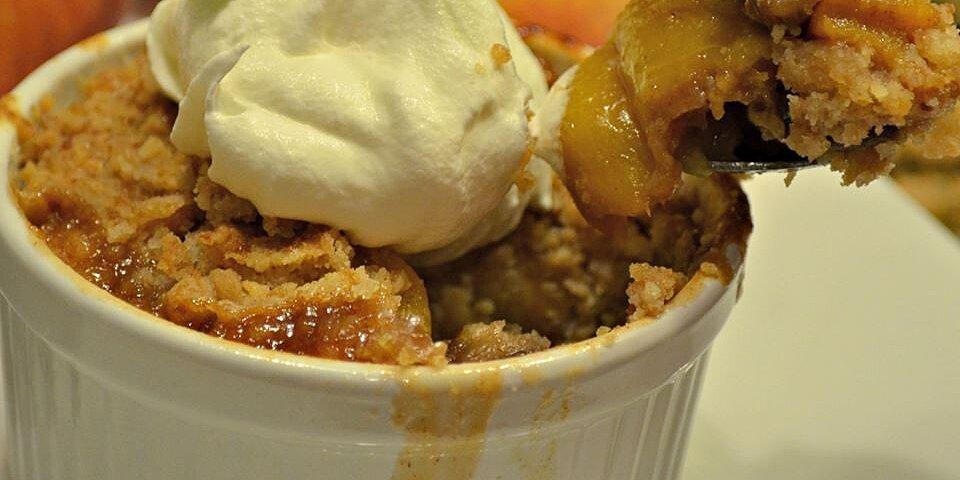 sheilas peach cobbler with pecans recipe