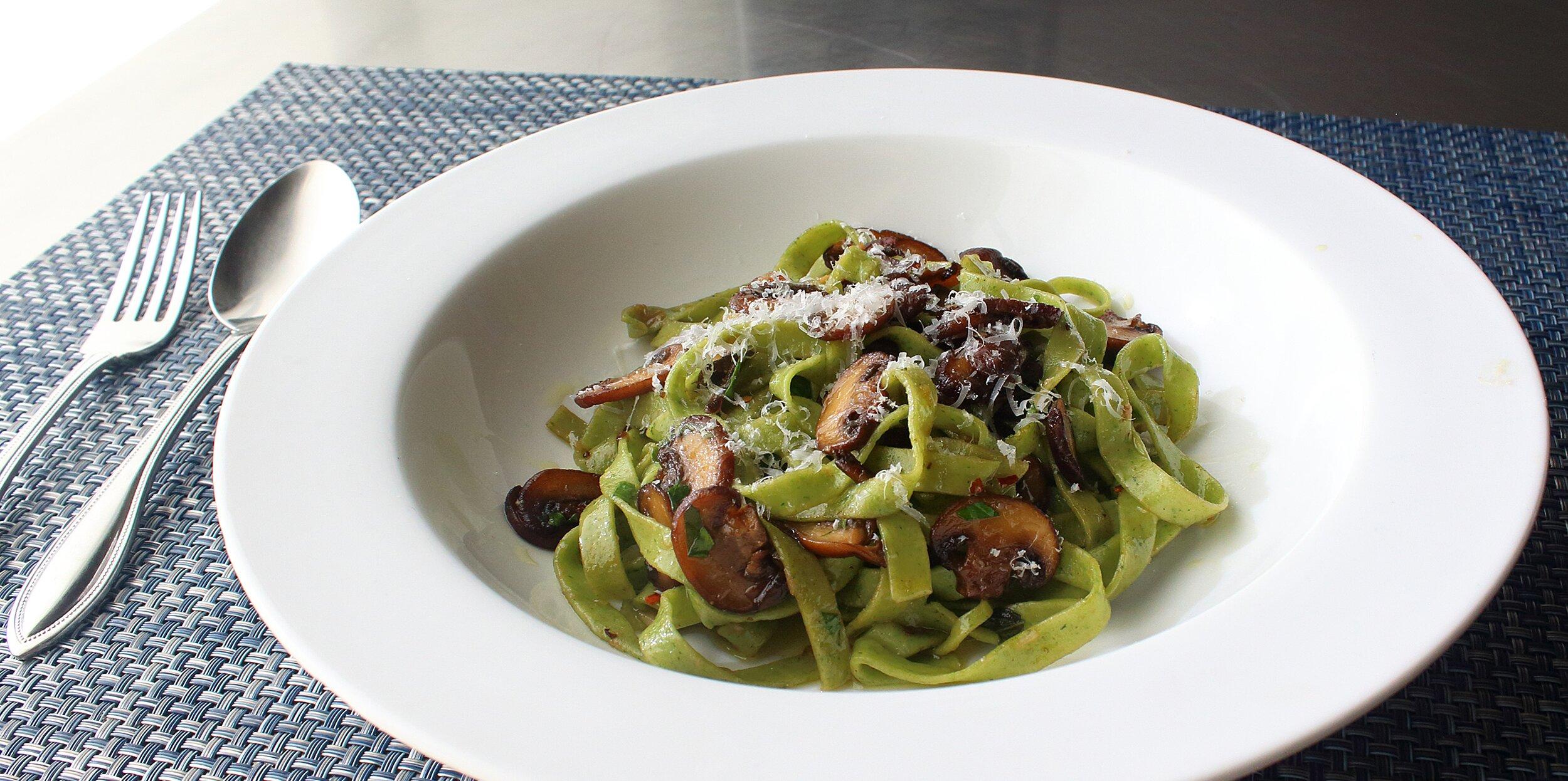 fresh spinach pasta