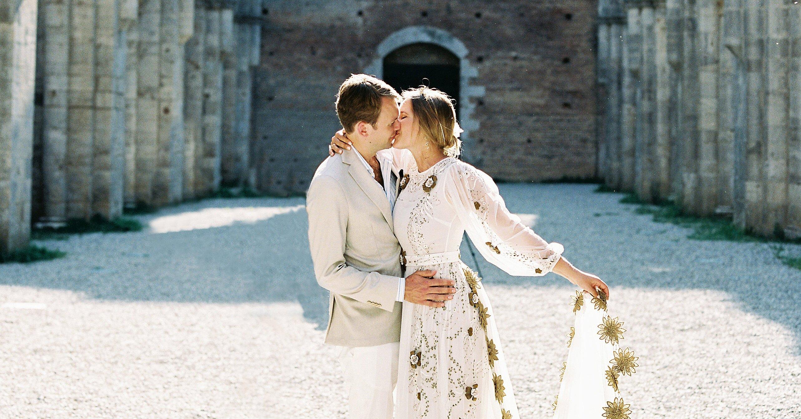 Why Is a Wedding Dress So Expensive?   Martha Stewart Weddings