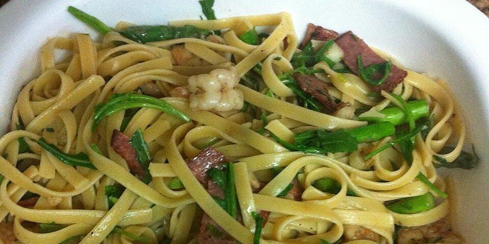 linguine with asparagus bacon and arugula recipe