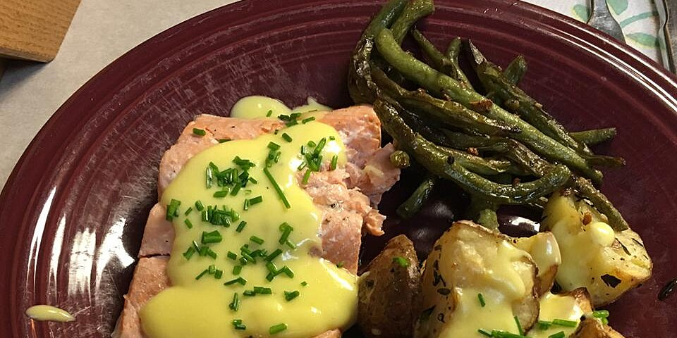 poached salmon with hollandaise sauce recipe