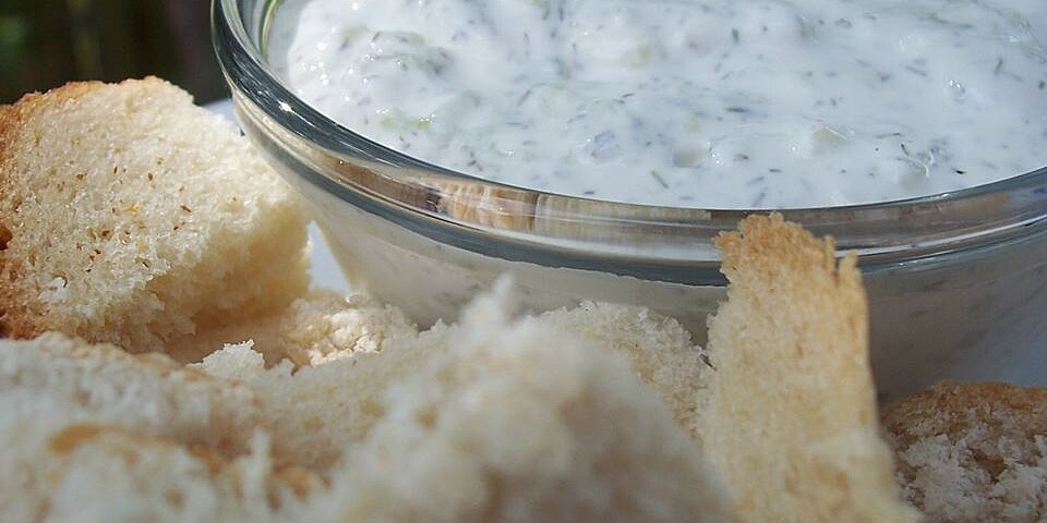 sour cream cucumber and dill dip recipe