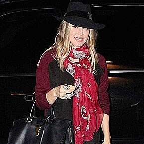 Fergie Pregnant Maternity Style Photos People Com
