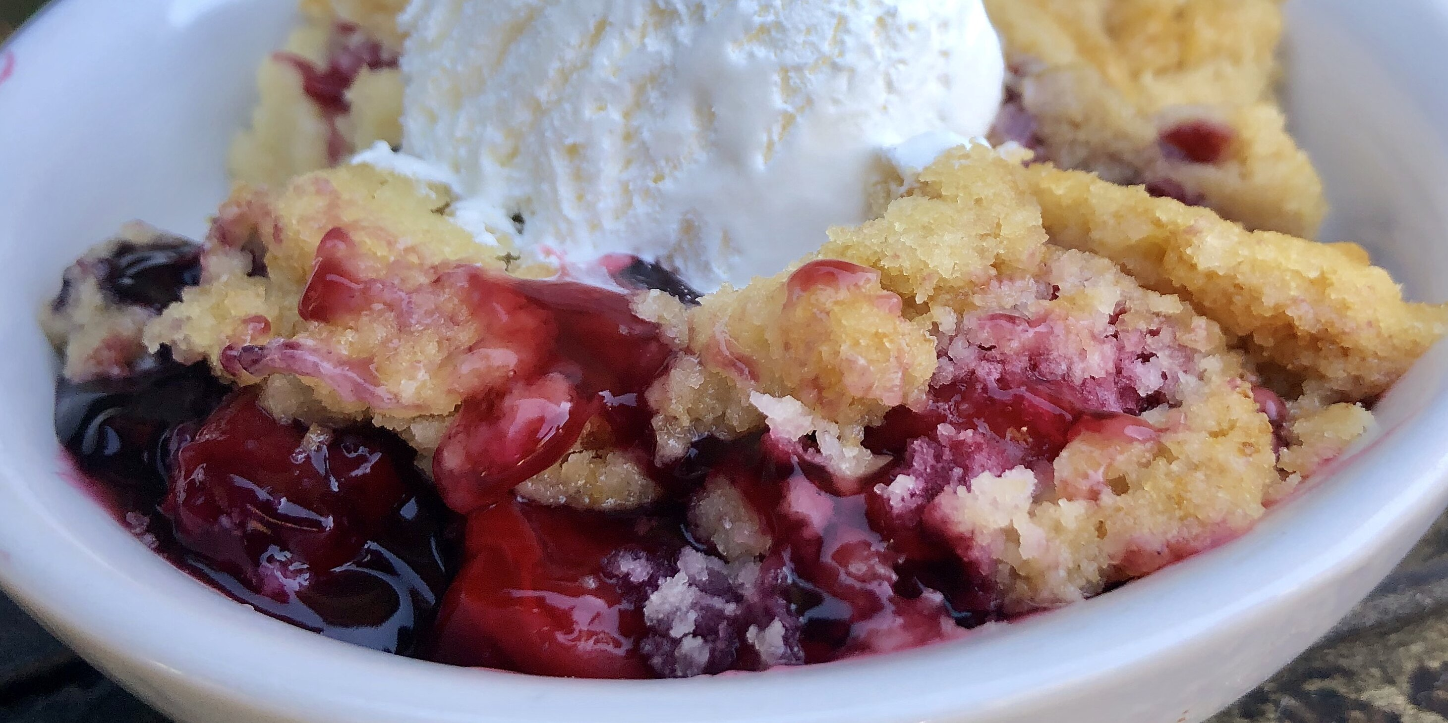 red white and blue dump cake recipe