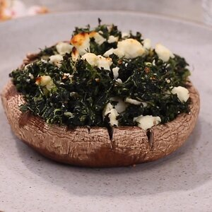 Spanakopita-Stuffed Portobello Mushrooms