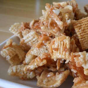 Toasty Sweet Coconutty Graham Chex Mix®
